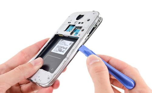 Samsung Galaxy S4 autopsy