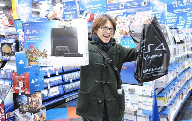 SONY PLAYSTATION 4 debut